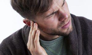 Что нужно предпринять при выделениях жидкости из ушей