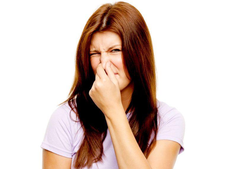 Выделения с запахом чеснока у женщин